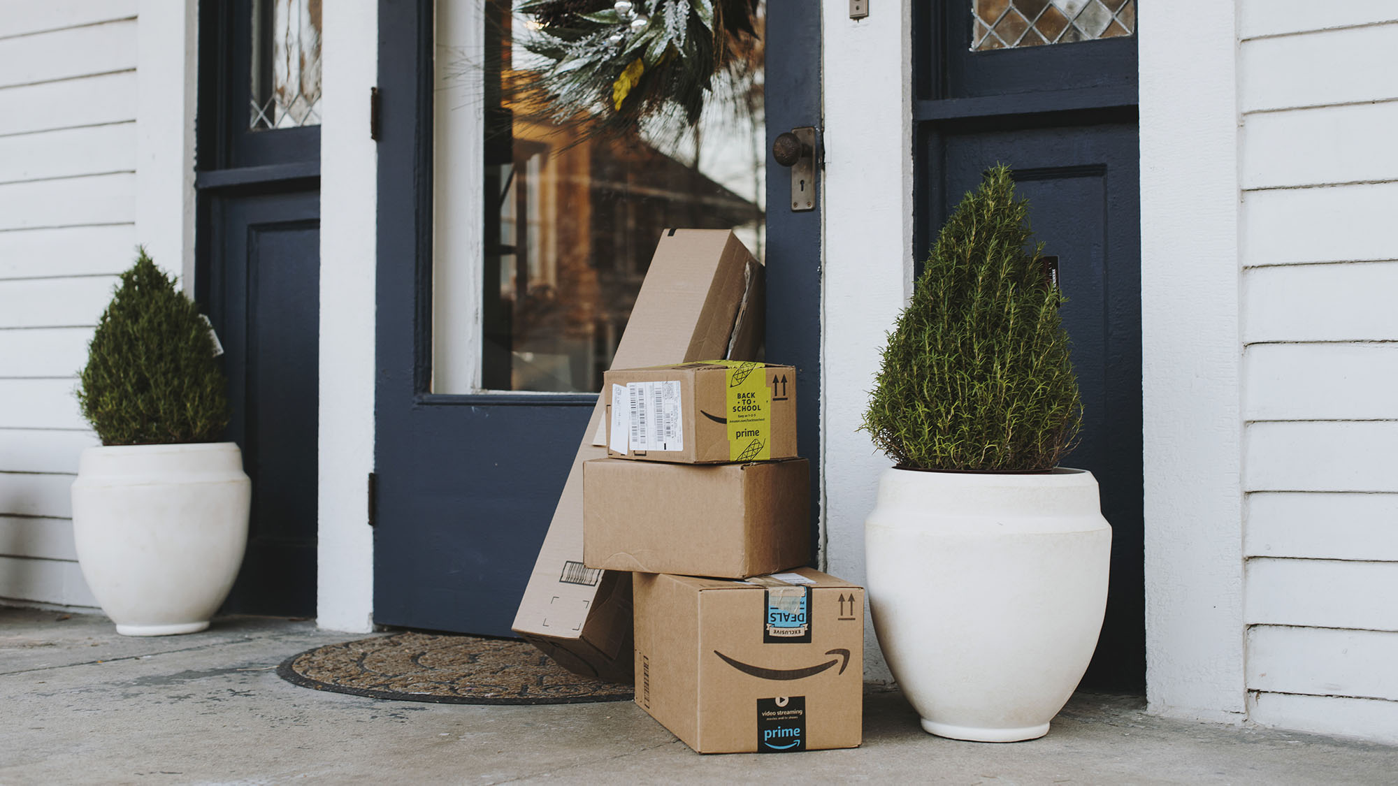 Porch pirates' who steal your packages: Here's how police say they operate  – Orange County Register