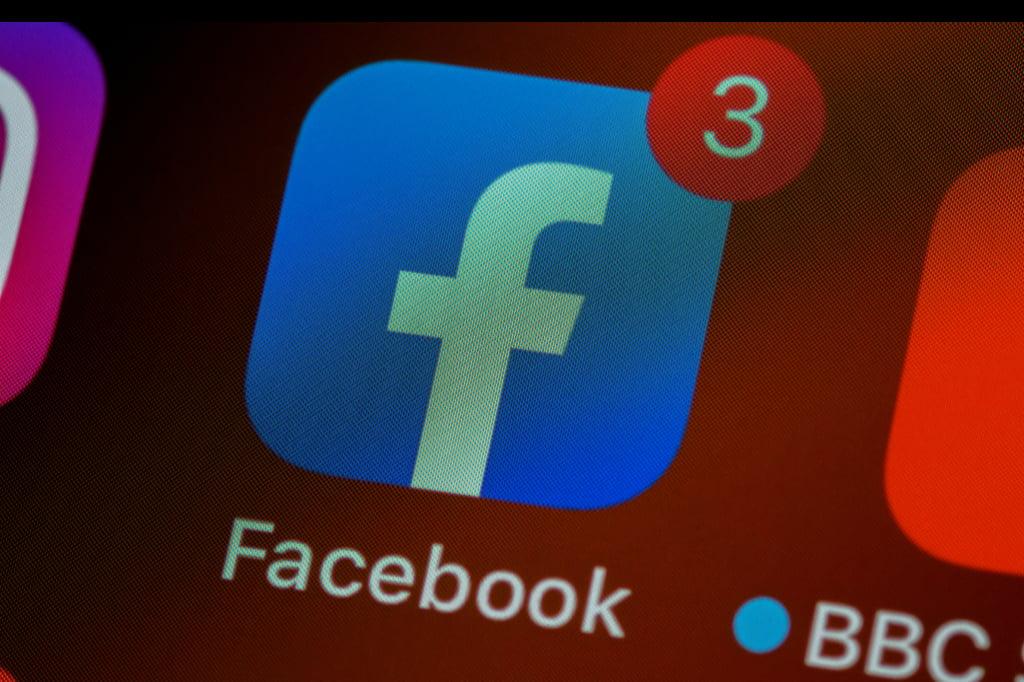 Facebook salary negotiation