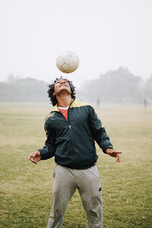 footballs-header