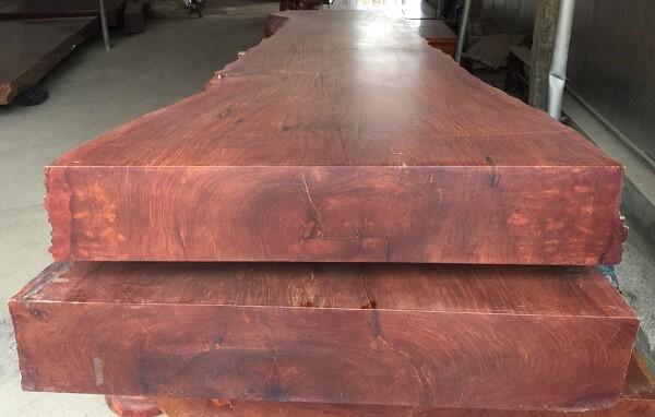 Đặc điểm của gỗ hương Lào