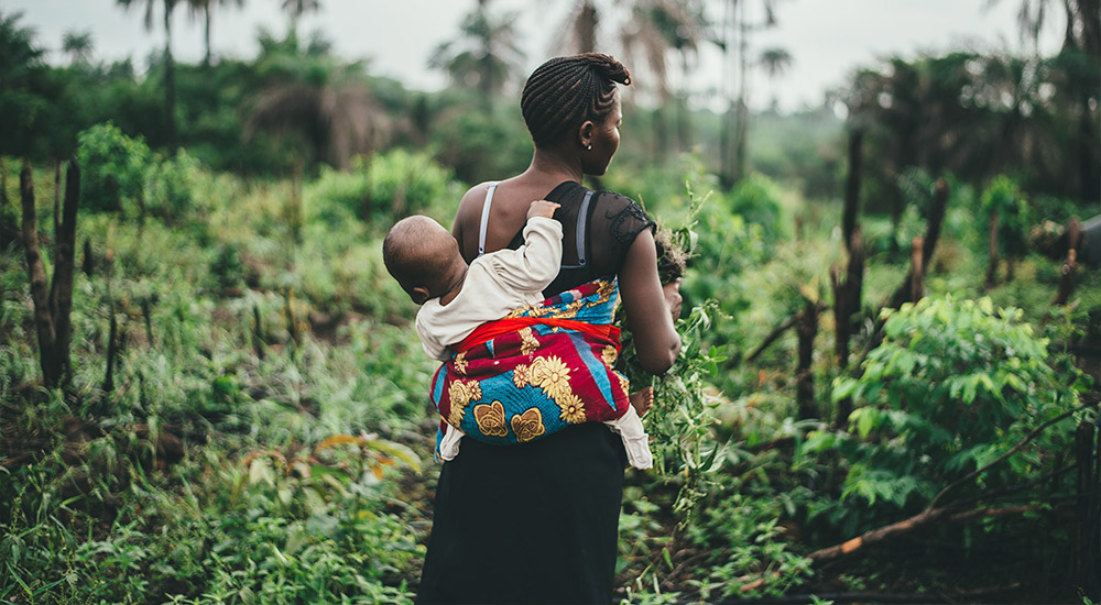 Improving community health by understanding risk factors, behaviours, and preferences of rural moms