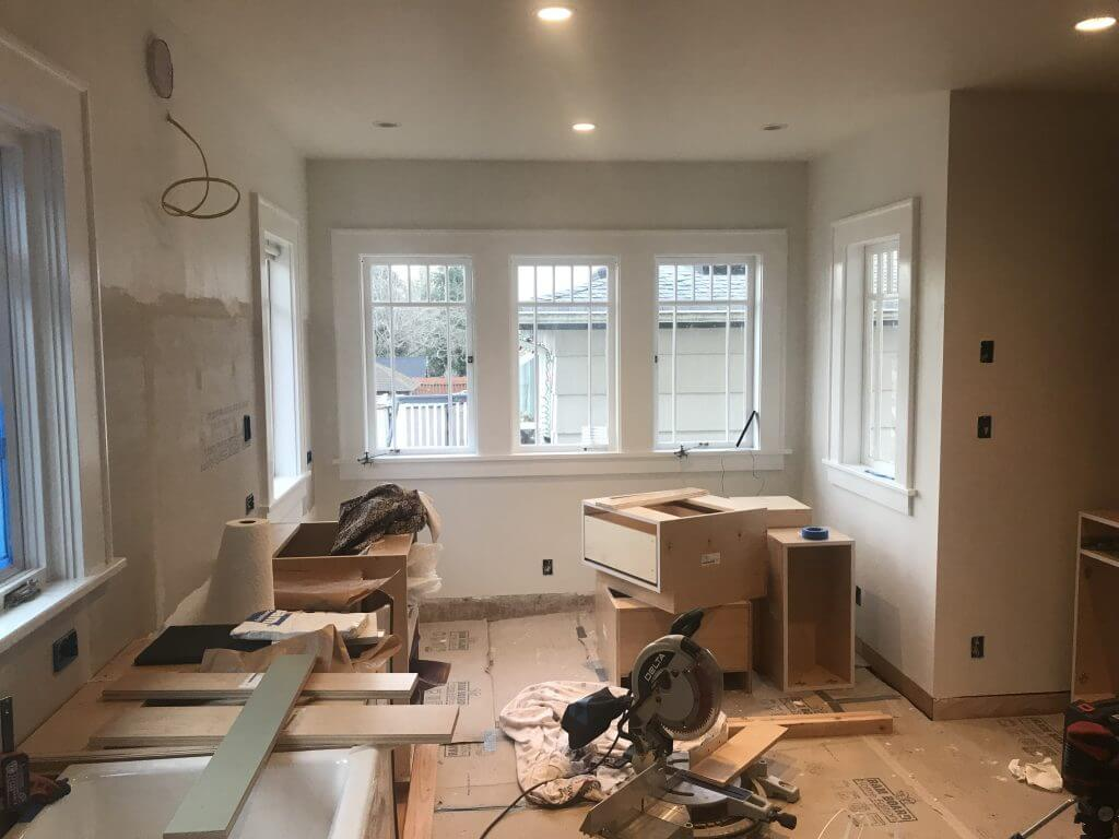 Interior Stylist vs. Contractor